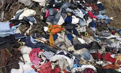 Fast-fashion-in-landfill